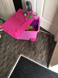 Mega blocks pink kitchen