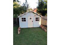 Rowlinson lodge playhouse