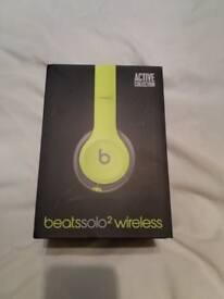 Beats solo 2 wireless headphone