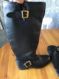 River island black boots size 6