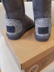 LADIES GREY/GLITTER UGG BOOTS