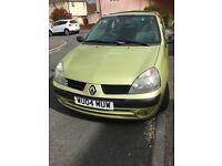 For Sale, Renault Clio 04 reg