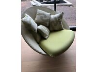Off-white Vincent Sheppard Joe Lounge chair with green cushion