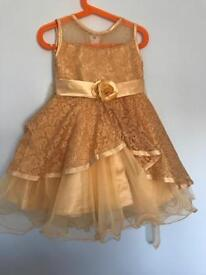 Girls party dress/ 3 years - unused