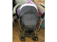 Silvercross Pop Buggy with footmuff and rain cover excellent used condition £50 ovno