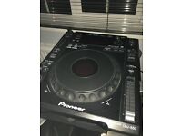 FOR SALE: Pioneer cdj 850 turntables and DJM 700 mixer ****AS NEW condition****