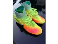 Nike sock magista obra 2 football boots. Uk size 4.5.