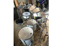 Tama Superstar 6 Piece Sugar White Drum Kit + roto-toms