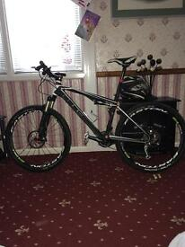 Cube ams full suspension mountain bike 2013