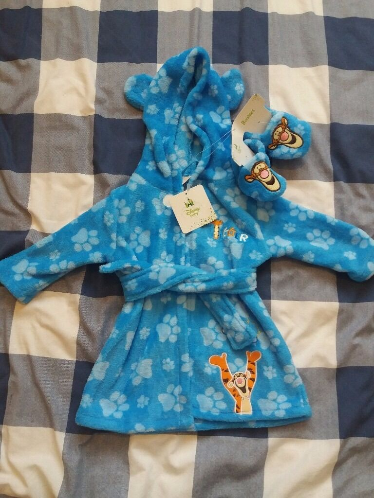 Disney Baby Tigger Dressing Gown & Booties Set - Size 3-6 Months ...