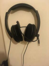 Ear force z11