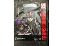 Transformers Skywarp Figure