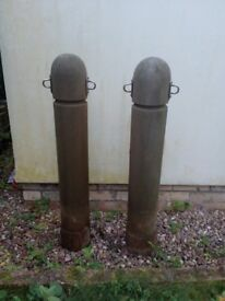 Hardwood Bollards treated, with metal fixtures