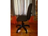 Computer / Desk Chair, adjustable height, 4 months old, great condition