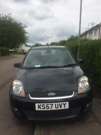 Selling my Ford Fiesta Ghia 1.6 negotiable price !!