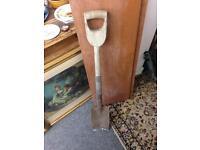 Garden Spade shovel tool builder