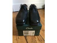Clarks Mens Leather Shoes Size 8 Brand New