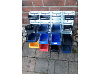 Mixed storage bins with mounting plate