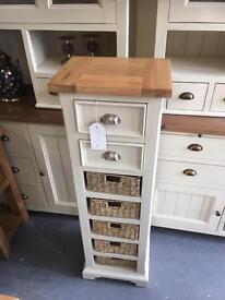 7 drawers storage chest
