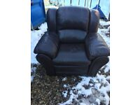 2 x Leather Reclining Chairs