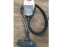 Vax cylinder vacuum cleaner C88-W1B