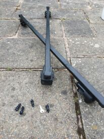 Roof bars for car with fitted roof rails