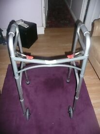 MOBILITY WALKING AID / ZIMMER FRAME