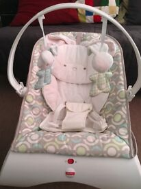 Fisher price baby bouncer with newborn insert ( perfect condition)