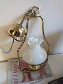 Vintage looking Lamp Good working order