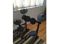 Yamaha DTX400K electric drum kit for sale. Good condition. Still have original box