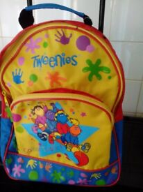 TWEENIES CHILDRENS WHEELED TROLLEY CABIN BAG HOLIDAYS