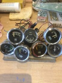 8 old Car Clock / Gauges