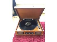 Vintage styled Steepletone Norwhich USB wooden turntable retro