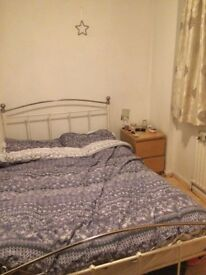 Double Room in Clapham Available