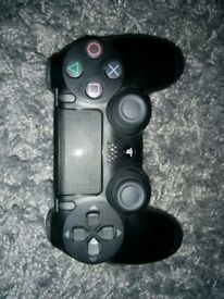 New ps4 controller v2 with charger