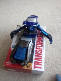 2 genuine transformers in 1 box bought from toys r us last year no instructions pick up kessingland