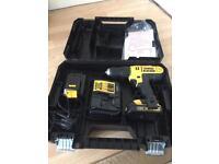 DeWalt DCD776S2T 18V XR Compact Combi Drill .