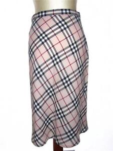 c58afa703bc1 Vintage Burberry Skirts