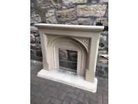 Stone mantlepiece, insert and hearth