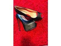 Hight heels sexy black shoes