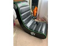 Rocker gaming chair like new