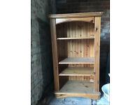 Vertical Pine bookcase