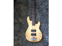 G and L L2000 Tribute Bass Guitar