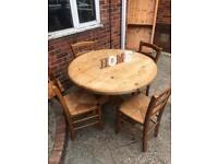 Round farmhouse table 4 chairs