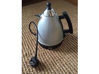 FREE Delonghi kettle in full working order