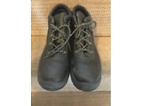 Men's steel toe safety boots size 9 (43 European) large fitting shoes