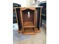 Oak stereo unit very good condition