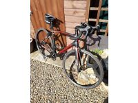 Specialized Roubaix SL4 sport 16, 56cm carbon road bike