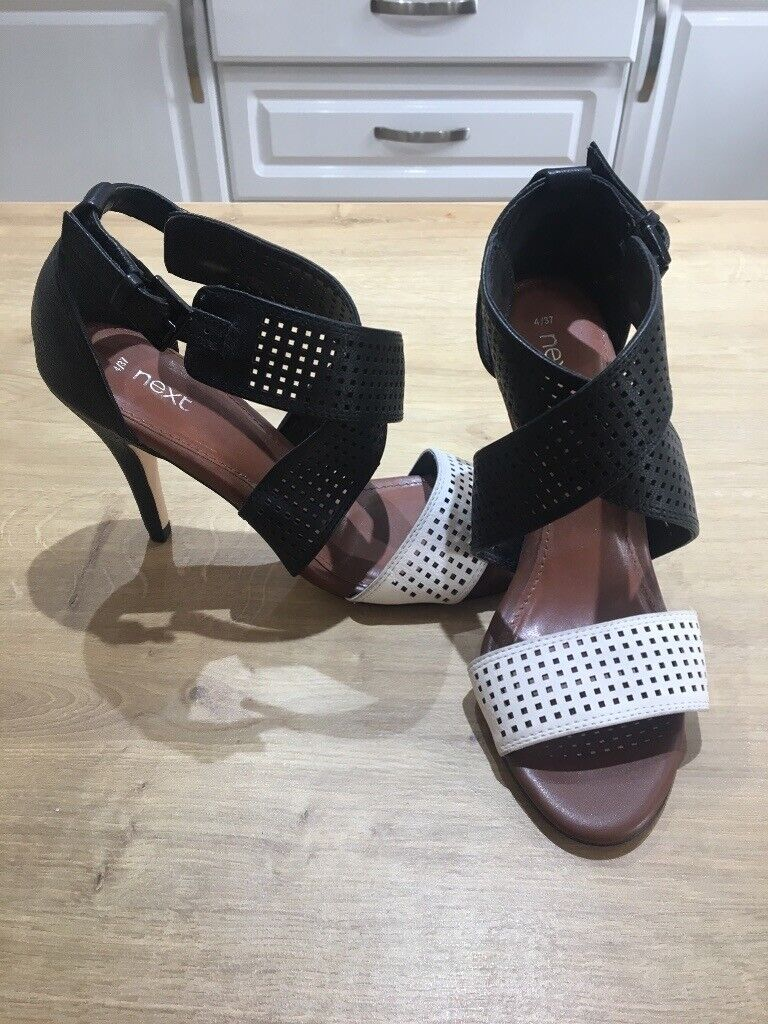 690f70467 Women s size 4 Next shoes