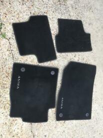 Vauxhall Astra estate floor mats. 2012